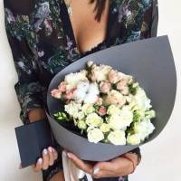 Сборный букет с белыми розами R011